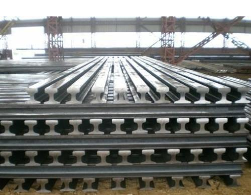 Control of steel rails grinding cycle